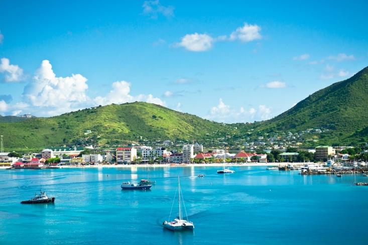 O Caribe é logo aqui