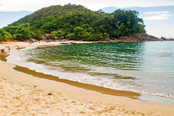 O vilarejo de Trindade, em Paraty, esconde praias de beleza natural espetacular