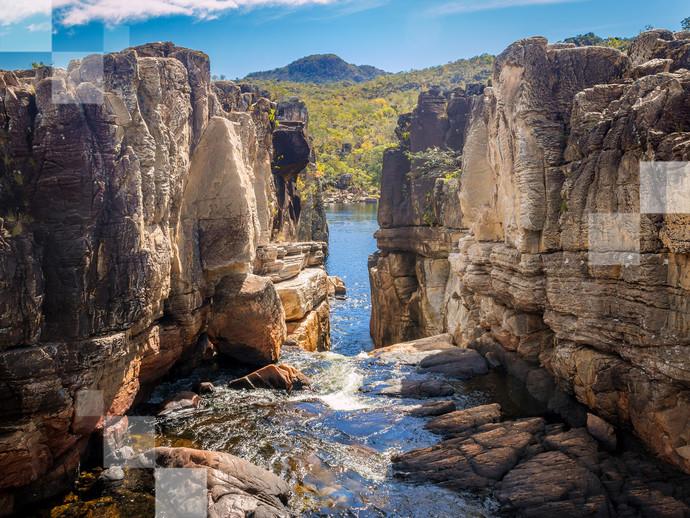 O conjunto de paisagens naturais da Chapada dos Veadeiros inclui diversas cachoeiras estonteantes