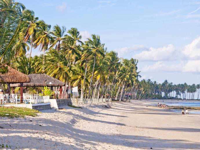 A festança na Praia de Carneiros acontecerá no Mouton Beach Club, com direito a belas paisagens naturais