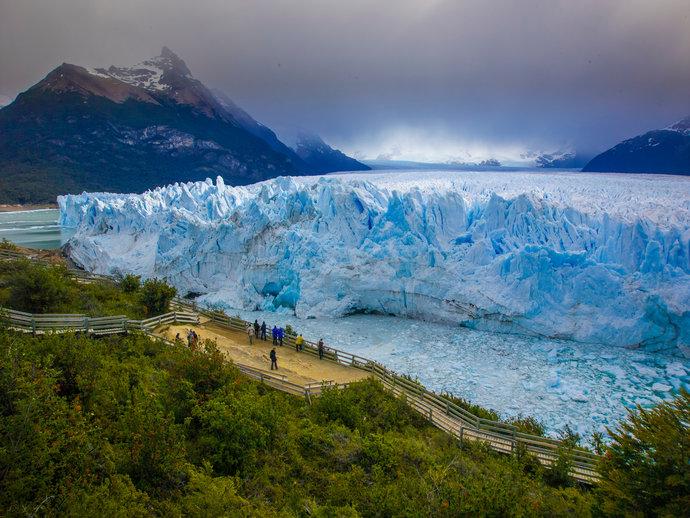 Perito Moreno é a maior geleira em extensão horizontal do mundo