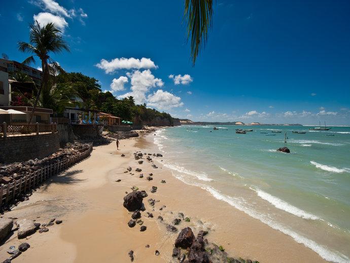 Difícil vai ser escolher entre as praias, lagoas e santuários para visitar em Pipa