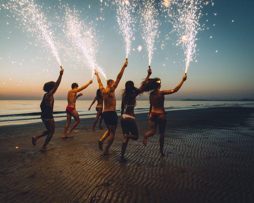 9 lugares para curtir as melhores festas na praia