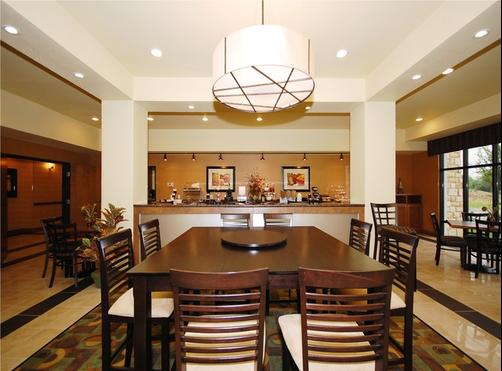Best Western Plus Christopher Inn & Suites - Forney - Restaurante