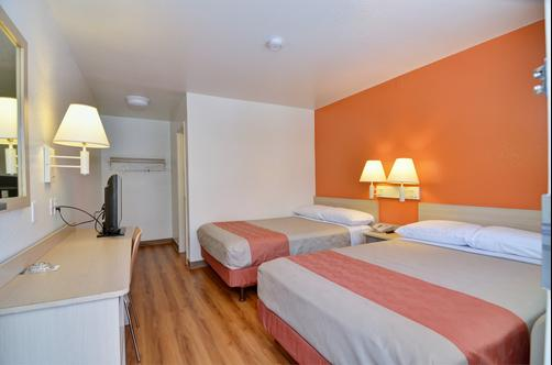 Motel 6 Palm Springs E East Palm Canyon - Palm Springs - Quarto duplo