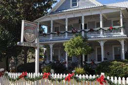 Goodbread House Bed And Breakfast