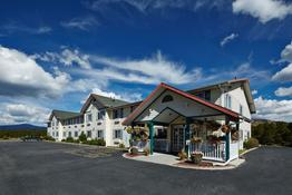 Columbine Inn &Suite