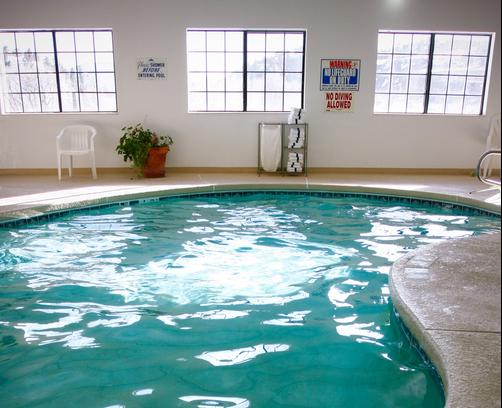 Allington Inn and Suites - South Fork - Piscina